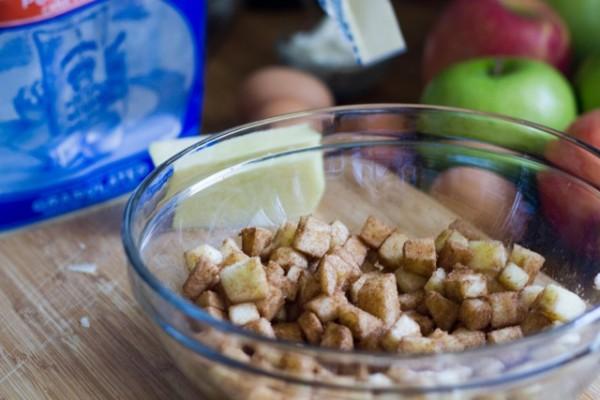 Cinnamon Apple Matzah Brei