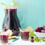 Grape Mint Spritzer with Grape Ice Cubes