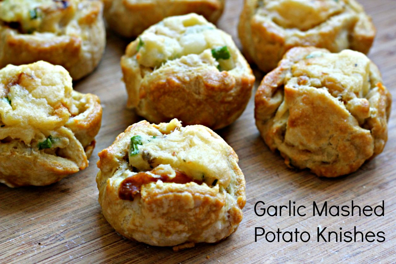 Garlic Mashed Potato Knishes - What Jew Wanna Eat
