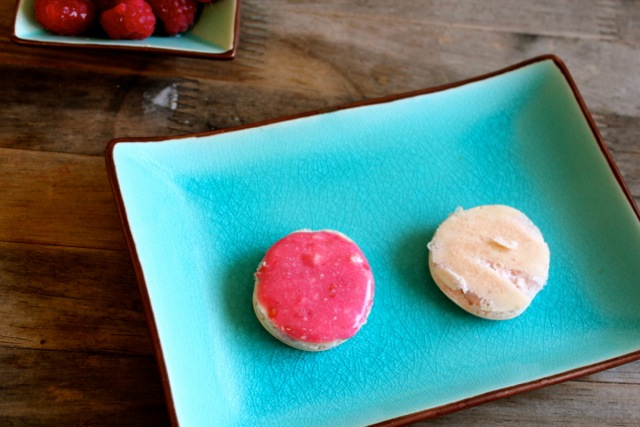 french macarons for passover with creamy filling