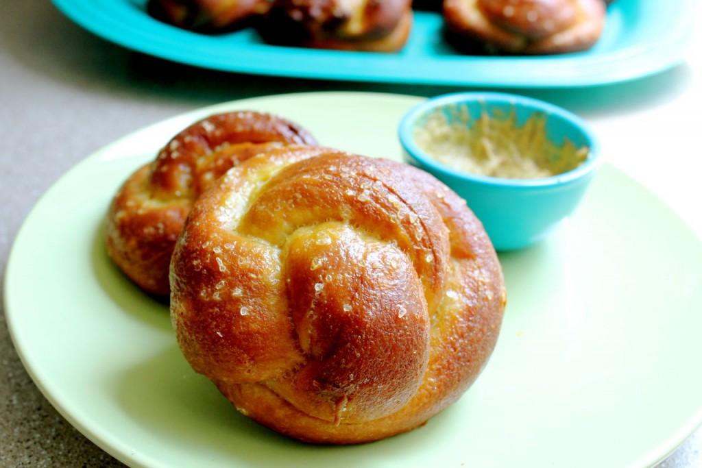Pretzel Challah Rolls - What Jew Wanna Eat